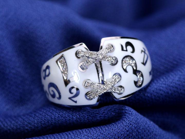 ★クーポンで20%OFF対象★【エナメルナンバー】白(黒)エナメルに弾むナンバー(数字)・ラインのクロスがポイント!ダイヤモンド0.15ct 幅広目 K18(WG・PG)リング 指輪(各地金素材対応可)受注品/