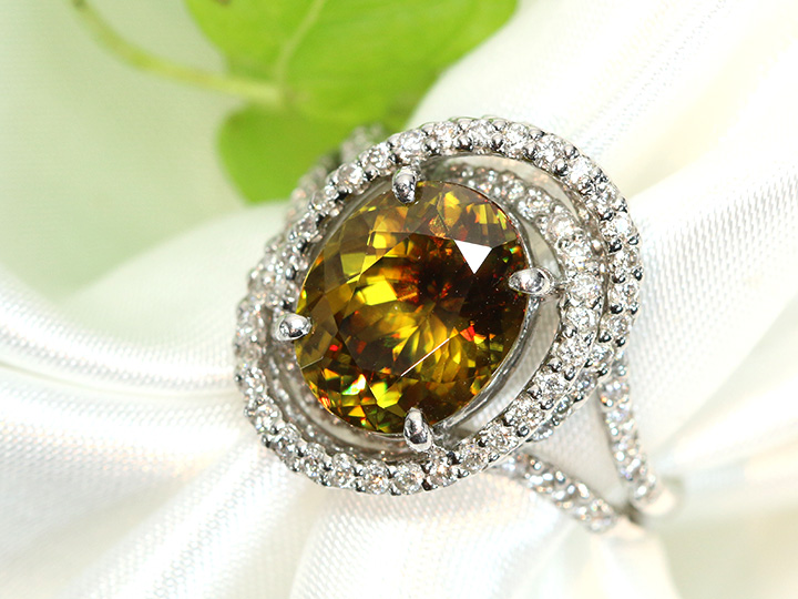 ゴールデンスフェーン リング 指輪 プラチナ PT900 ファイヤあふれるスフェーン4.07ct サークルデザイン 1点もの/Ycollectionワイコレクション/送料無料