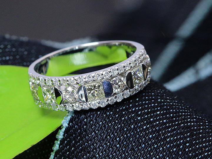 ★クーポンで40%OFF対象★ダイヤモンド 豪華1.1ct 迫力のPT900リング 指輪 プラチナ 1カラット 1点もの/Ycollectionワイコレクション/送料無料