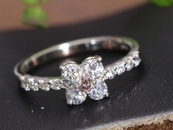★クーポンで40%OFF対象★ピンクダイヤモンド0.07ct 上質ダイヤでフラワーに PT900リング 指輪 FANCY ORANGISH PINK ソーティング付 1点もの/Ycollectionワイコレクション/送料無料