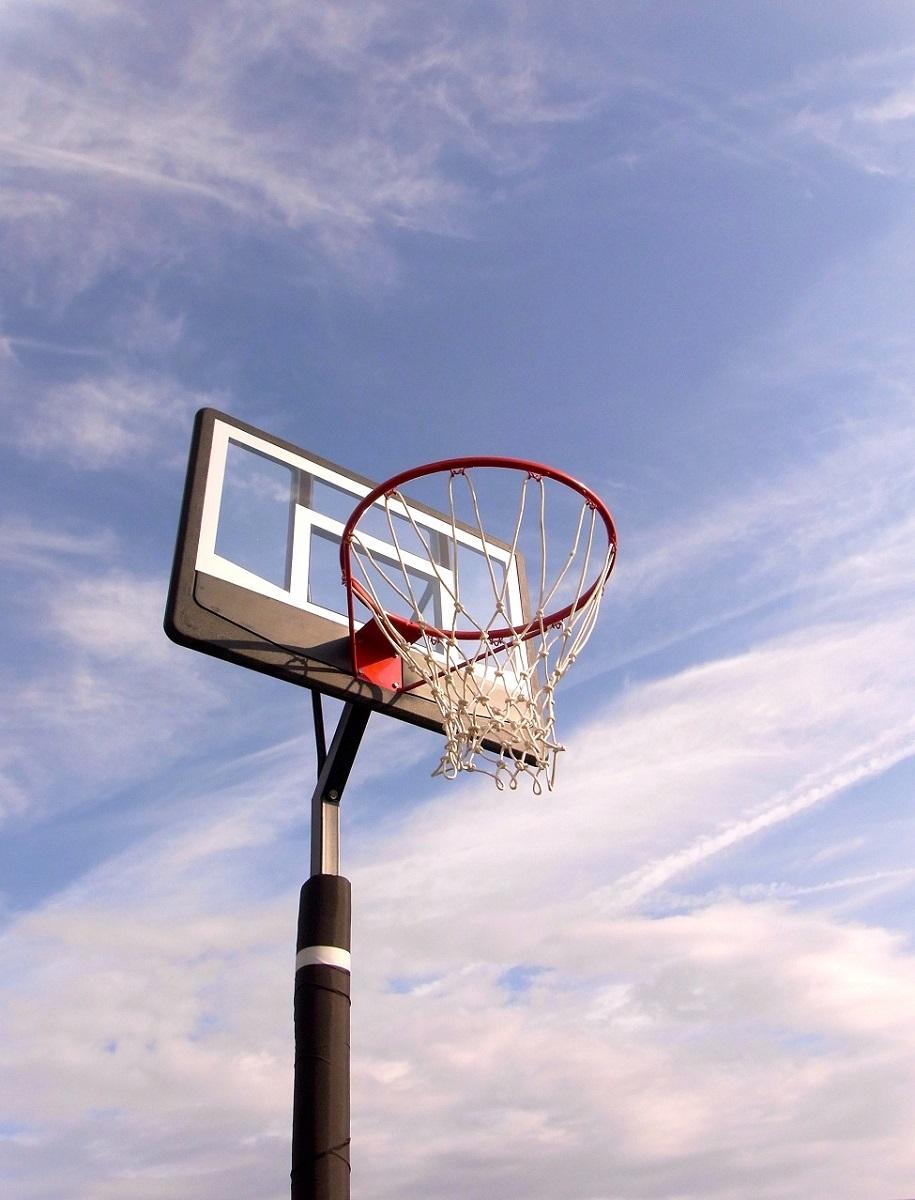 レイアップの練習もOK 透明ポリカーボネート、ポールパッド付、オレンジリング、極太ネット BG-270BK-PD バスケットゴール 屋外 家庭用 バスケットボール ゴール