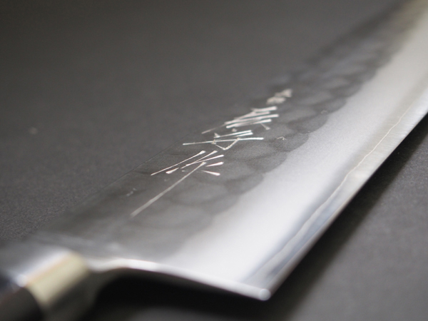 Sanjo Dragon Mamoru made stainless steel hammered eyes SKD Gyuto knife 180 mm 吉金 blade fourth Yamamoto kazuomi made 05P18Oct13 points five times!