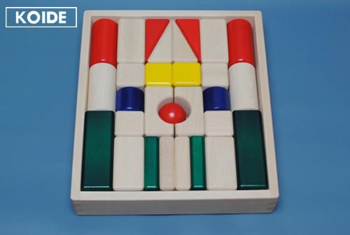 コイデ東京 日本製 知育玩具 K30 まーるい積木安全性と知育性が高い本物志向の木のおもちゃ百貨店で販売されているおもちゃです