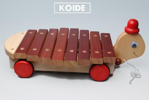 コイデ東京 日本製 知育玩具 M02 カメサンシロホン安全性と知育性が高い本物志向の木のおもちゃ百貨店で販売されているおもちゃです