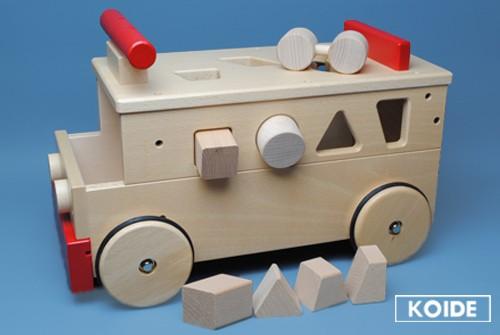コイデ東京 日本製 知育玩具 M24 乗用バス安全性と知育性が高い本物志向の木のおもちゃ百貨店で販売されているおもちゃです