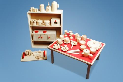コイデ東京 日本製 知育玩具 M54 ままごとセット安全性と知育性が高い本物志向の木のおもちゃ百貨店で販売されているおもちゃです