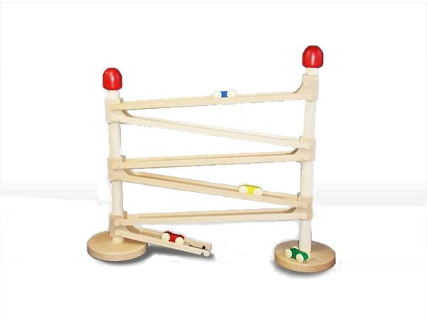 コイデ東京 日本製 知育玩具 M66 クルリンミニレール安全性と知育性が高い本物志向の木のおもちゃ百貨店で販売されているおもちゃです