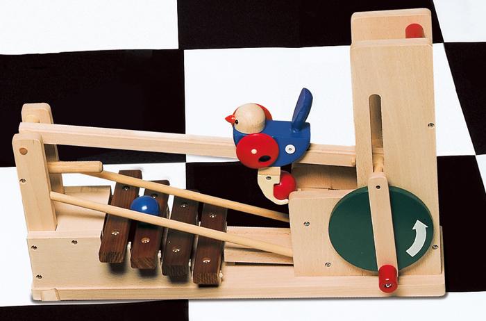 コイデ東京 日本製 知育玩具 M90 ワンダフルエッグ安全性と知育性が高い本物志向の木のおもちゃ百貨店で販売されているおもちゃです