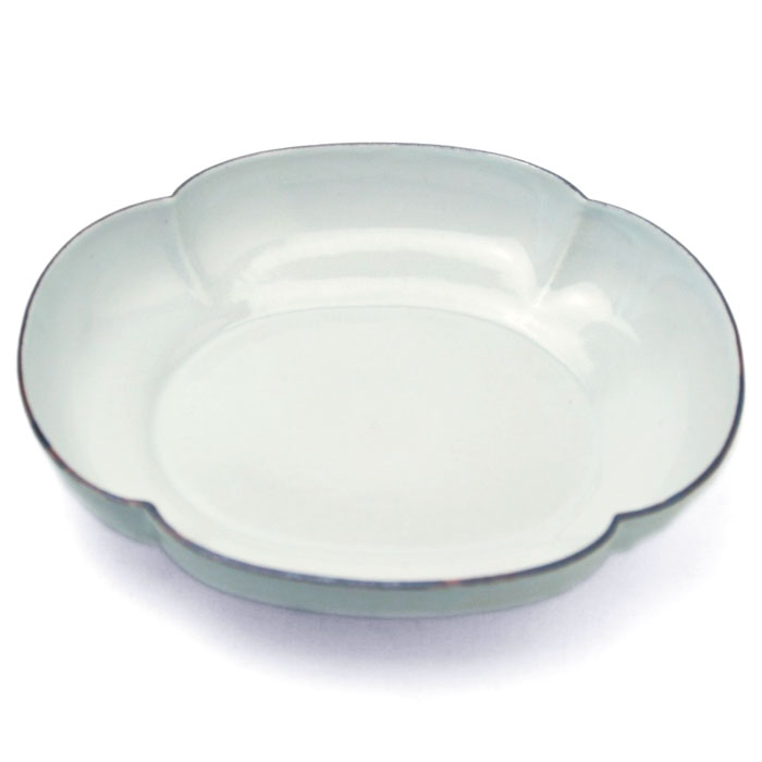 White porcelain lipstick Japanese quince plate, Katsutoshi Mizuno