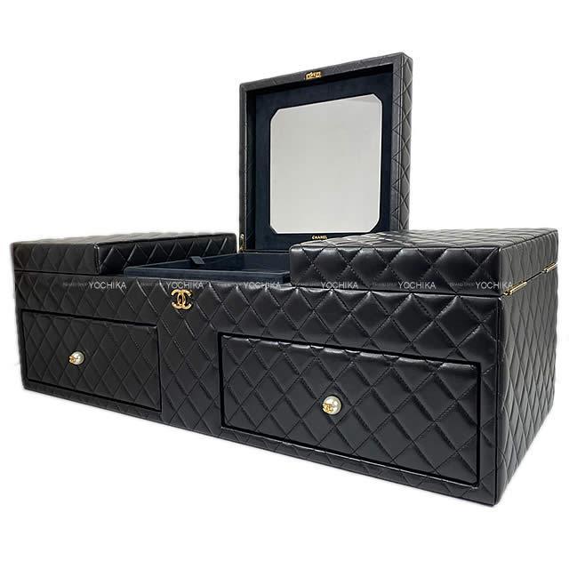 CHANEL シャネル マトラッセ パールボタン ラージ ジュエリー ボックス 黒 (ブラック) ラムスキン A80632 新品同様【中古】 ([Pre-loved]CHANEL Matelasse Pearl Button Large Jewelry Box Black Lamb Skin A80632 [Near mint][Authentic])【あす楽対応】#よちか