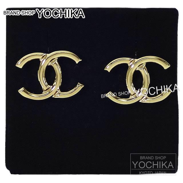 CHANEL Chanel here mark pierced earrings gold A96502 new article (2017 NEW CHANEL COCO MARK Pierces Gold A96502[Brand New][Authentic])# よちか latest for 2,017 years
