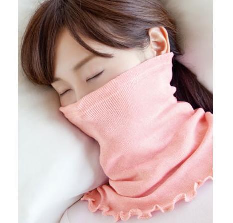 【メール便送料無料】★ランキング1位受賞★シルク100%のしっとりマスク&ネックウォーマー (ev)/首元から頬までをすっぽり包んで、朝までしっとり。