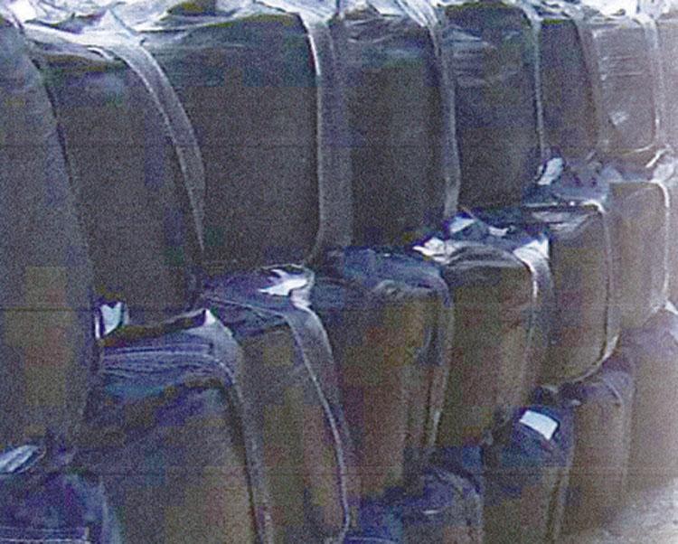 耐候性フレキシブル コンテナ バッグ 認定品 フレコン 1t用 黒 排出無 50枚 大型 土のう袋 としても使用可能です。 災害用品 土嚢袋