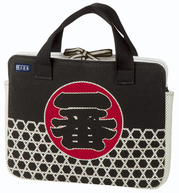 日本産 シーンによって使い分け 種類 バリエーションも豊富 職人道楽 超人気 専門店 パソコンバッグA4 PCバッグ 一番 纏 ノートPC 鞄