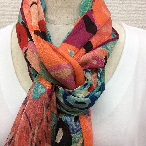 日本製シルク100%横浜スカーフ 職人技が光る逸品 横浜でプリントされたストール 花のペーブメント柄 ピンク