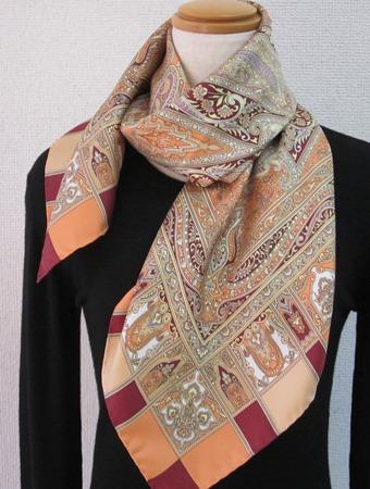 横浜手捺染シルクスカーフ 匠の技 王宮ペイズリー柄 オレンジ 日本製