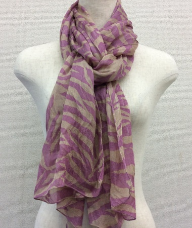 日本製シルク100%スカーフ職人技が光る逸品 横浜でプリントされたレディーススカーフ ゼブラ柄 ピンク