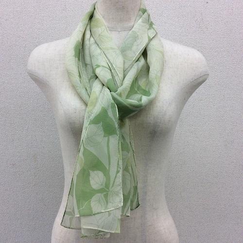 日本製シルク100%横浜スカーフ 職人技が光る逸品 横浜でプリントされたストール クレマチス柄グリーン