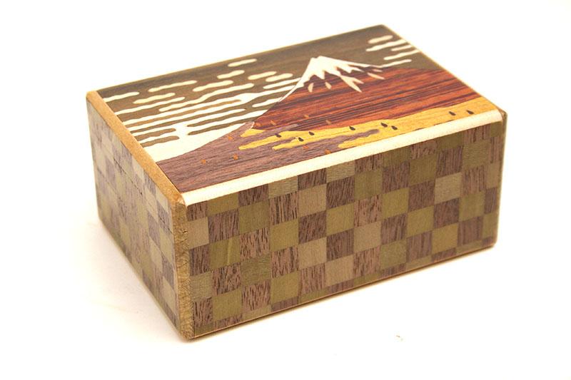 箱根寄木細工 秘密箱7回仕掛け SALE 再販ご予約限定送料無料 赤富士と鶯