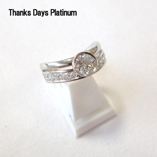 正規モデル( Pt950) Thanks Days Platinum リング (ダイヤモンド中石 0.50ct up 脇石 0.30ct)【RCP】【送料無料】10P03Sep16