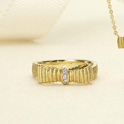 ニナリッチ 指輪 K18イエローゴールド リュバン (RUBAN) ダイヤモンド 6R3M14 リング幅:リボン部分太いところ 4.5mm 手のひら側 3.2mm【送料無料】
