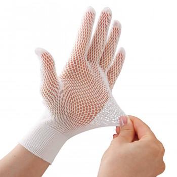 ゴム手袋を付けた時のムレる 付けにくい 外しにくい そんな不快感を軽減 割引も実施中 さらっと快適メッシュインナー手袋10枚入 OUTLET SALE