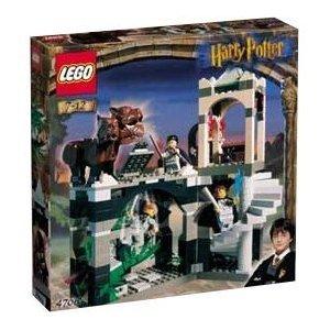 【新品】【箱ダメージ有】レゴ LEGO ハリー・ポッター Harry Potter 4706 禁じられた廊下(並行輸入品)