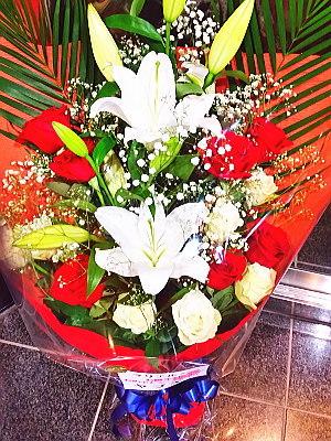 bu016 花束 バラ ユリ