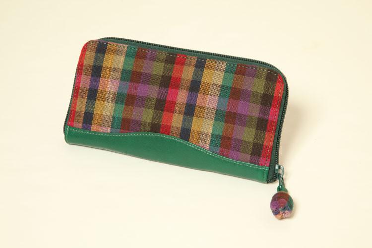 (久留米絣)「木綿」オリジナル 革つかい絣 財布  カラフル市松40立 長財布