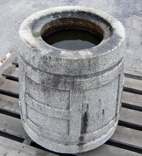 袈裟型水鉢 2尺