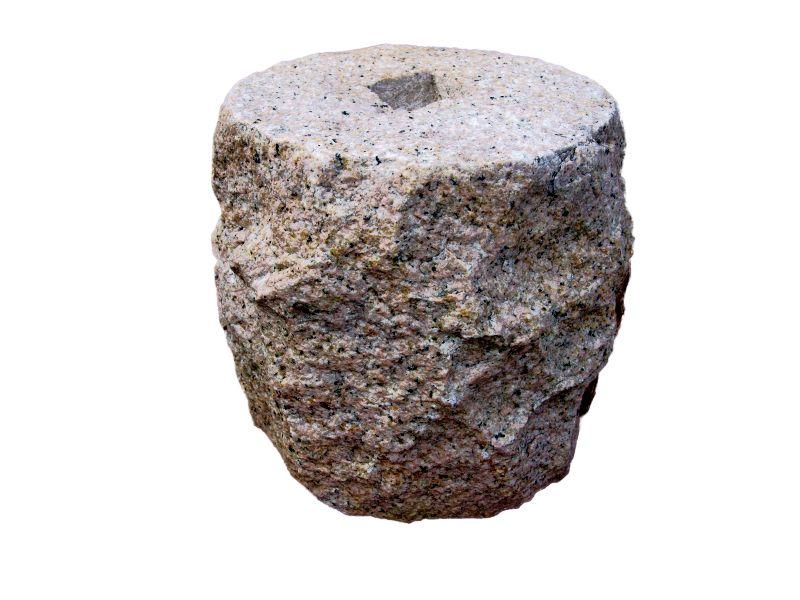 束石 錆御影石 G682 割肌 φ7寸x7寸 17kg