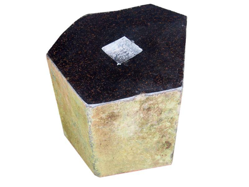 束石 六方石 天端磨き 7寸 25kg