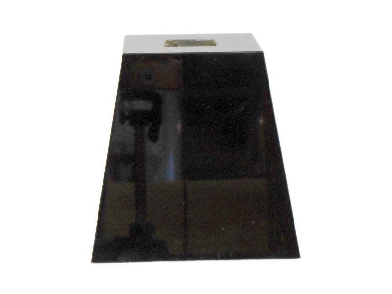 束石 黒御影石 磨き G342 4.5寸 16kg