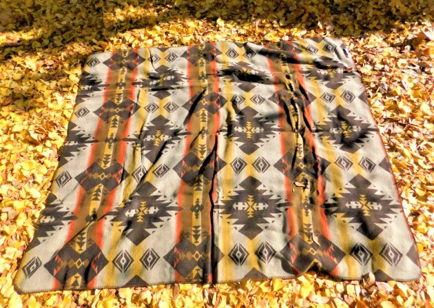 #928112オレゴニアン・キャンパー(Oregonian Camper)ネイティブアメリカンブランケット(テトン/180×150cm) - NATIVE AMERICAN BLANKET 膝掛け 肩掛け マルチクロス アメリカ製 アウトドア キャンプ グランピング BBQ 茶 ブラウン