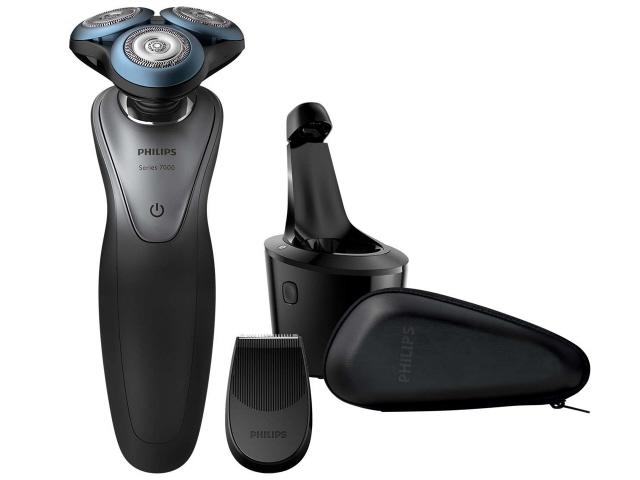 【キャッシュレス 5% 還元】 フィリップス シェーバー 7000シリーズ S7970/26 [刃の枚数:3枚刃 駆動方式:回転式 電源方式:充電 洗浄機能:スマートクリーンシステム その他機能:水洗い/海外使用/お風呂剃り対応/キワゾリ刃]