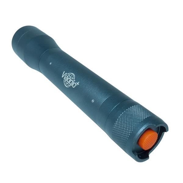 LED 懐中電灯  600ルーメン 強力 明るい フォーカス機能搭載 耐衝撃・防塵防滴仕様 アウトドア ()  yct
