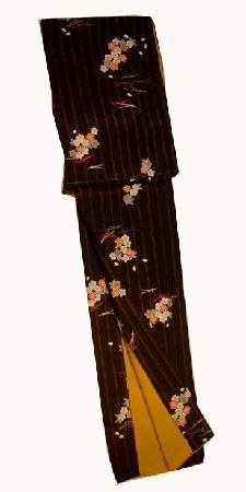 東レ 洗えるきものNO4黒地に縦縞に松葉と桜柄早い者勝ち送料無料10P04feb11