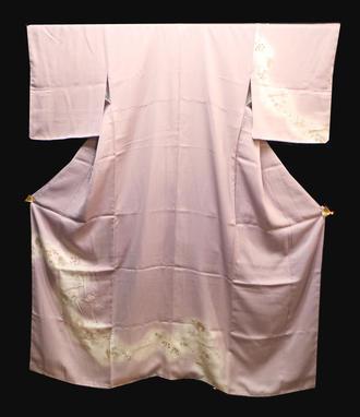 正絹付け下げきもの(N)美品です薄紫色地にボカシ道長取りの中に金糸刺繍花舟や松や紅葉模様 背1っ紋送料無料中古在庫処分