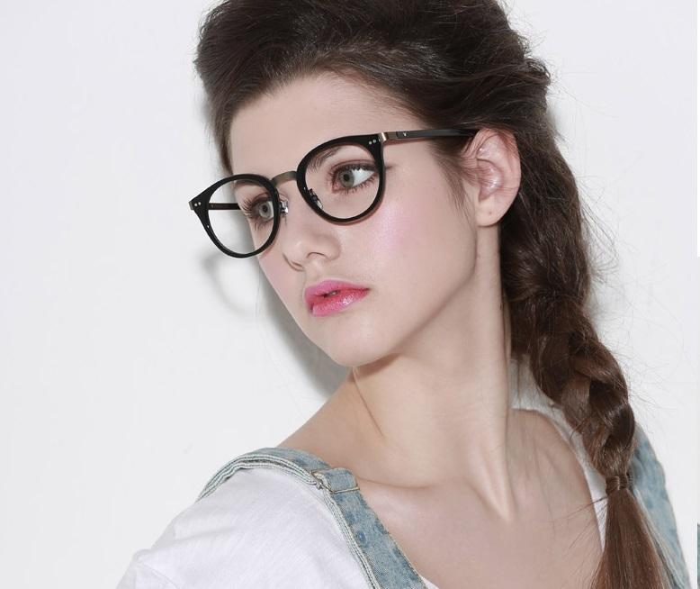 幅広い年齢層や 男女構わず憧れの魅力をお伝え致します メガネフレーム PROJECT VVプロジェクトVV 男女兼用 即日出荷 上品 000円 オシャレ VV9012K 700 オリジナル 伊達眼鏡 メーカー希望小売価格21 買物