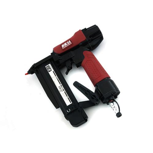 宅配便配送 エアピン釘打機 P45 SA-P45-Z1:DIY&リノベーションズ 藤原産業 SK11-DIY・工具