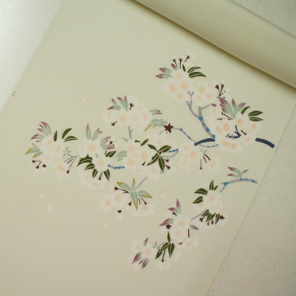 正絹紋無地糸目手挿し友禅帯 染帯 薄いヒワクリーム地 桜柄