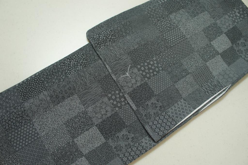 洗える着物 袷 江戸小紋 Mサイズ 寄せ小紋柄 黒色
