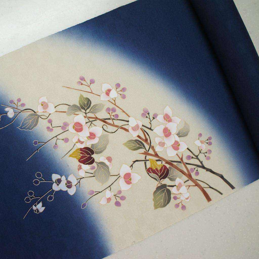 正絹紋意匠摺り友禅染帯 染帯 梅もどき  引き染ぼかし