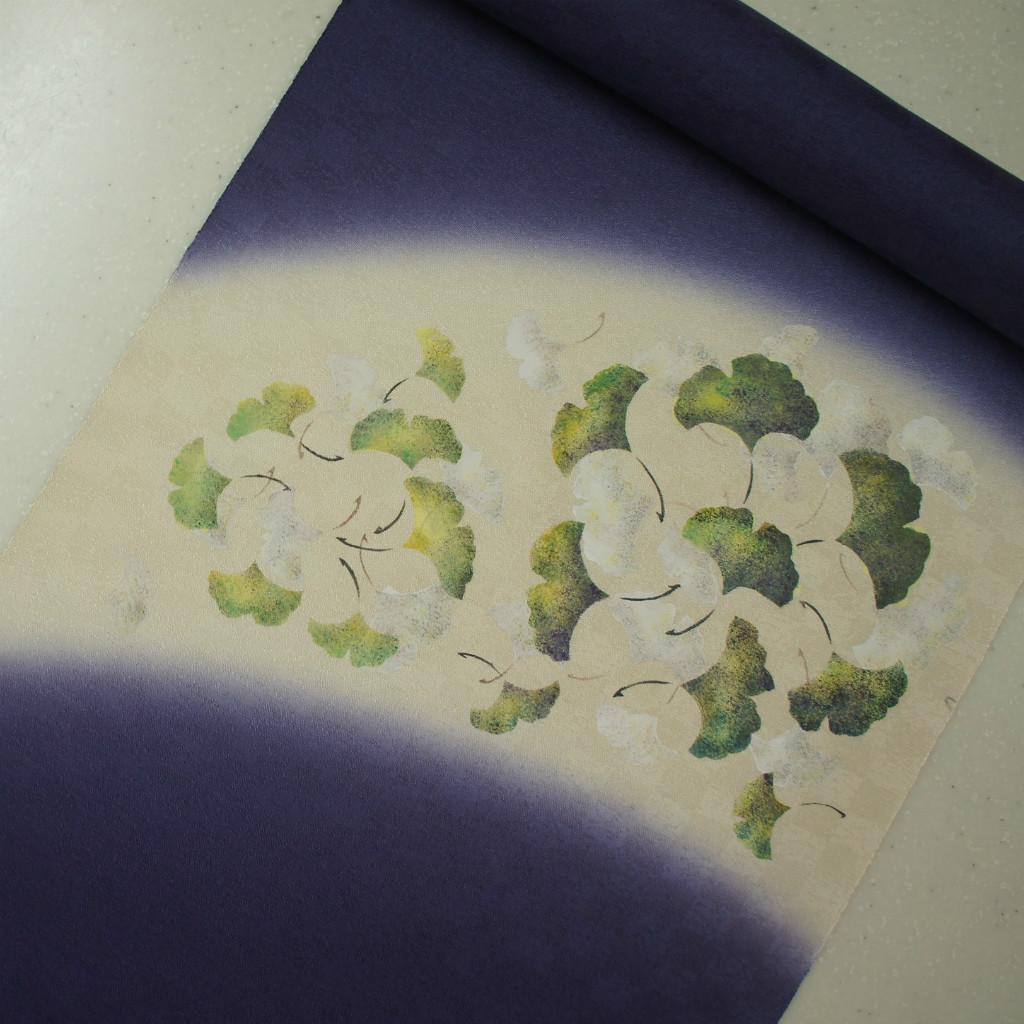正絹紋意匠タタキ染帯 染帯 紫紺地 イチョウ柄
