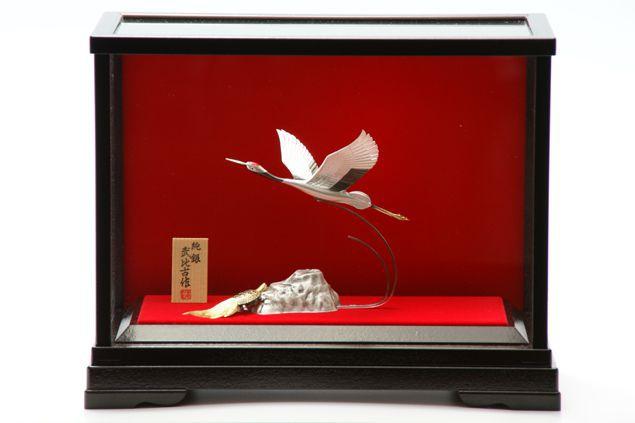 純銀製 置物 鶴5号 送料無料名入れ彫刻無料 伝統工芸士 武比古作の逸品です 結婚祝い 賀寿 長寿祝い 各種贈答用に最適ラッピング対応可・代筆無料 純銀銀製 銀製品 シルバー