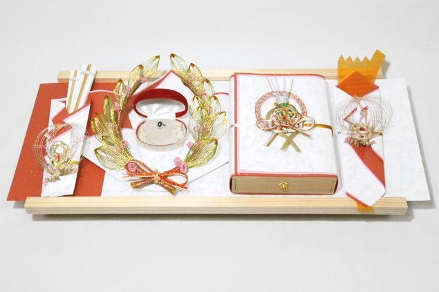 結納 略式 結納品 結納金と指輪 若葉セット(熨斗・末広付) 送料無料 結納 結納セット 結納品 顔合わせ 顔合わせ食事会