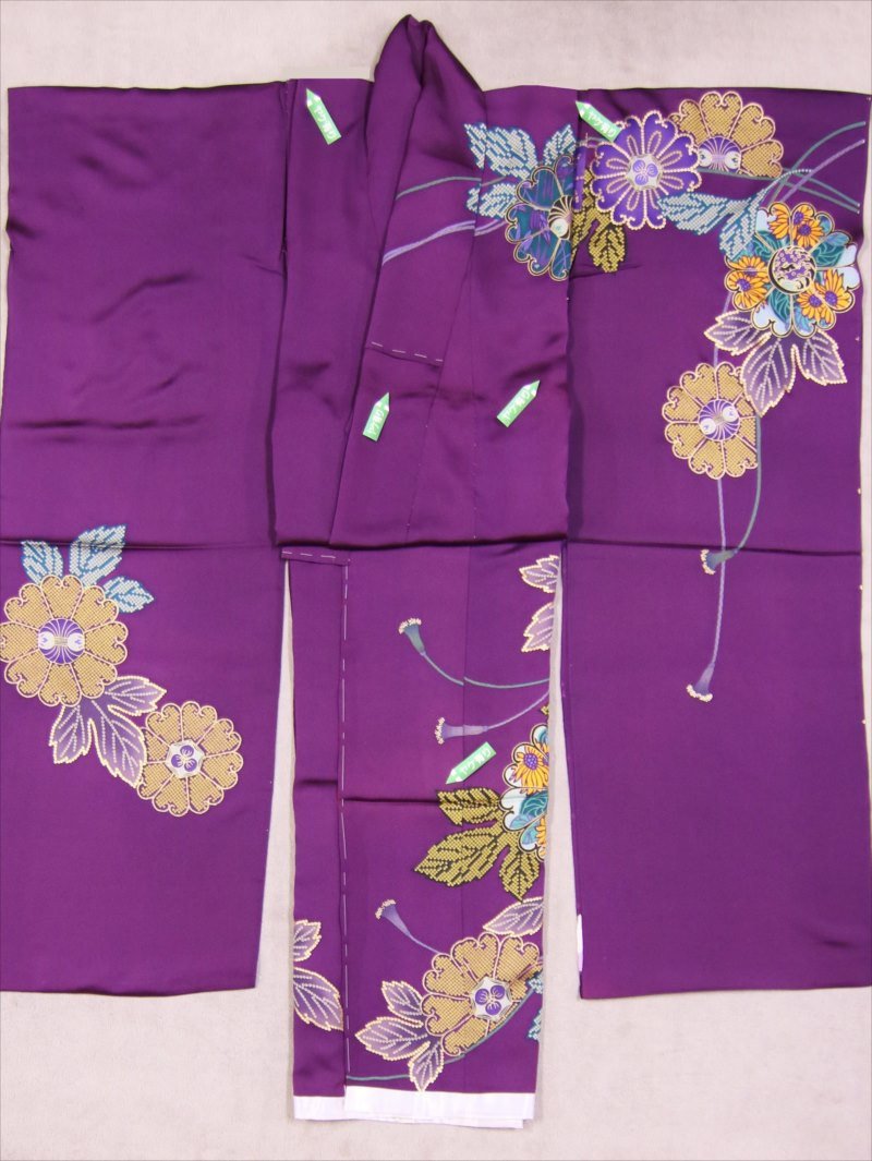 振り袖生地・訳有り・hs-9紫地・寛文小袖柄
