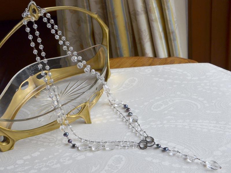 水晶・淡水パールロングY字ネックレス