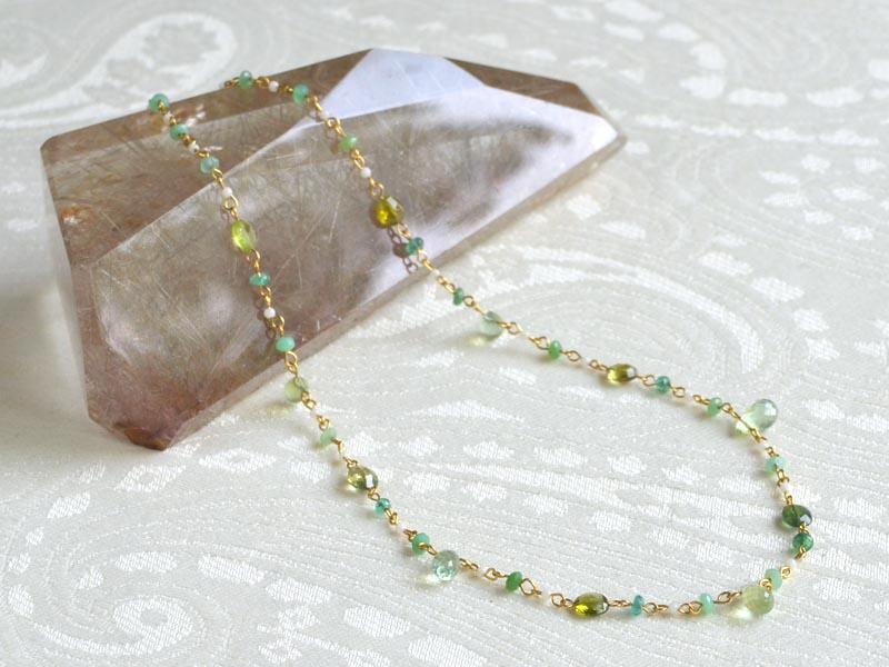 K18グリーントルマリン・白珊瑚・クリソプレイズショートネックレス