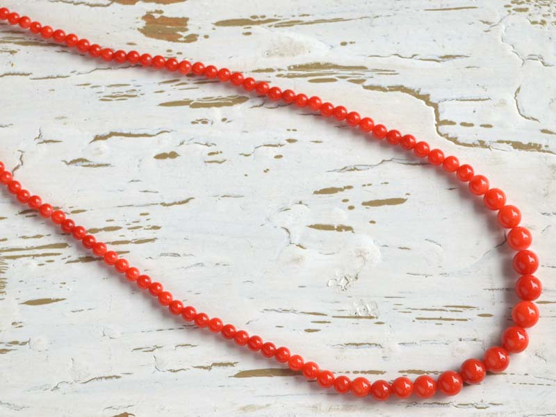 赤珊瑚(7.4~3.5mm)グラデーションネックレス